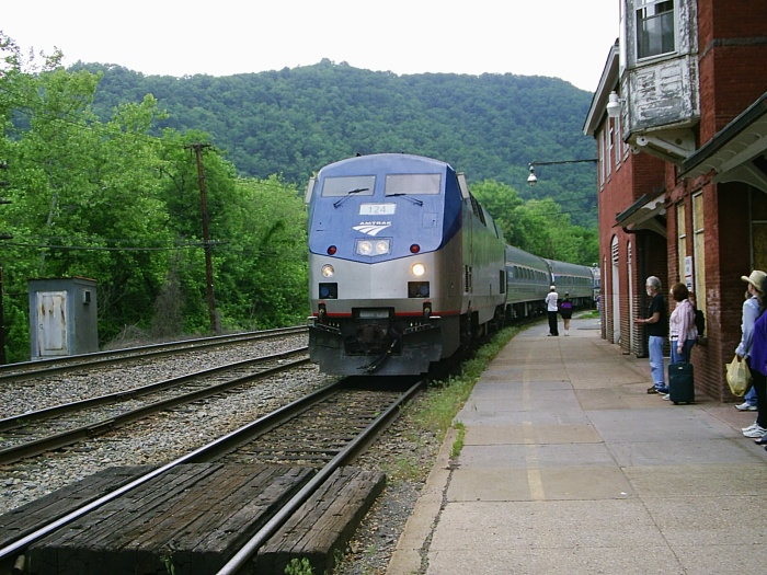 Hinton, West Virginia Amtrak