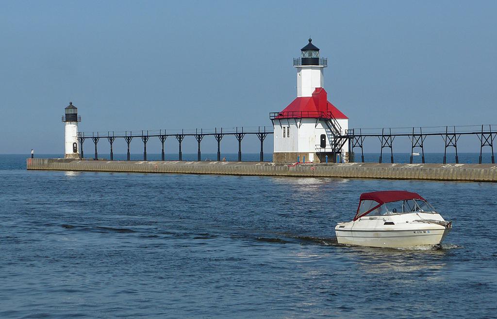 Benton Harbor Lighthouse